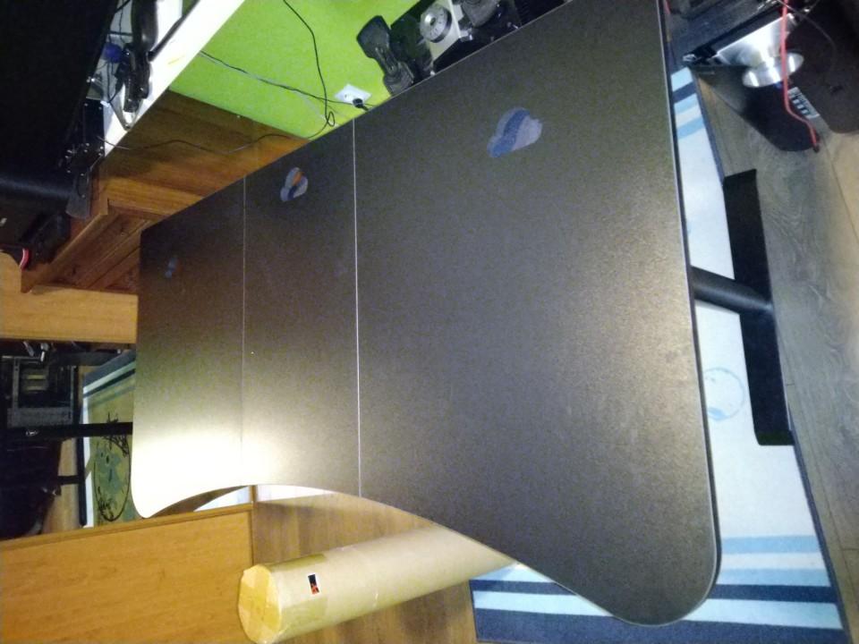 Môj vysnený NOVÝ PC-Stôl je konečne doma, zložený a je SUPER :D !